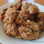 食べきれず残ったビックリマンチョコを消費するアレンジレシピ「ビックリマンチョコクッキー」