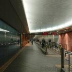 羽田空港国内線第1旅客ターミナルから第2旅客ターミナルへ徒歩での移動方法とは?京急線の横に通路があったのか・・